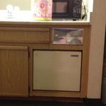  Fridge- No handles, broken off