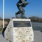  Perfect tribute to Richard Winters