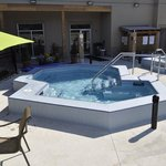 Outdoor Raised Hot Tubs