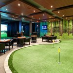 Lakeshore Links Indoor Golf