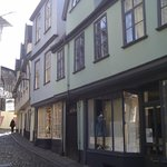  Cobbled Elm Hill