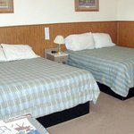WYPaintbrush Inn Thermopolis Bed