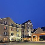 CountryInn&Suites Texarkana ExteriorNight