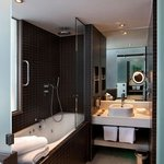  Stylish Executive bathroom with whirlpool