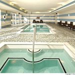  Pool &amp; Spa