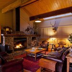  Luxury sporting lodge accommodation at Poronui Lodge
