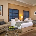  Club Rotana Room Twin Bed