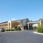 Econo Lodge Inn & Suites Kenly