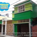Crossroads Hostel Manila