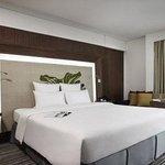 Hotel Que Huong Liberty 1