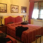 Old Florence Inn Bed and Breakfast resmi