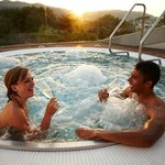 Jaccuzzi im Belvoir Wellness, Gym & Beauty