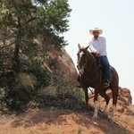 Photo de MH Cowboy - Private Day Tours