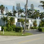  Mariner Apts Motel