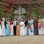 Our group in front of the hotel...ready for the Jane Austen Festival!