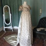  Period dress as seen in Sense and Sensibility movie