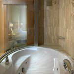  Jacuzzi in Superior Room
