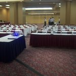  Extensive Meeting Space for Small or Large Groups
