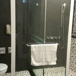  Toilet and shower cubicles
