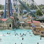 Pioneer Waterland & Dry Fun Park