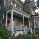 Foto de Hillcrest House Bed & Breakfast