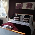 Burleigh House - Guest Room