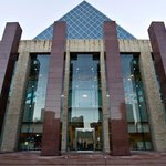 Stanley Milner Library