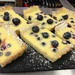 lemon curd and blueberry tart
