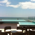  New rooftop pool and partial sea view