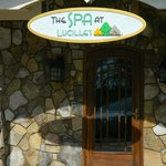  Spa entrance