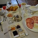  Amazing breakfast with silver cutlery