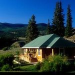 The Holy Moses Cabin at the 4UR Ranch.