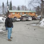 Picturesque lodge with Denali mountain backdrop