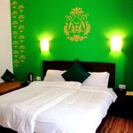 Guest Room - Casa Royale Green