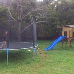  Jardin con parque para los nios