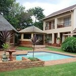 Aandbloem Guest House
