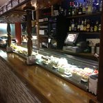  la barra ,,infinita&#39;&#39; de tapas en donde siempre