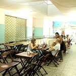Restaurantes do 2 andar no mercado Sao Pedro (arquivo: intrip.com.br)