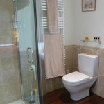 The Orchard Room ensuite