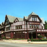  BEST WESTERN PREMIER Mariemont Inn