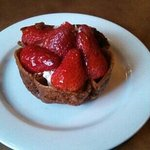 Be sure to leave room for the strawberry tart. It topped off a wonderful dinning experience. Tha