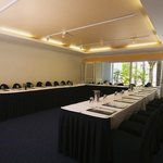  ANAUGBRAWMeeting Room Conference