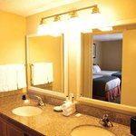  Double Suite Bathroom