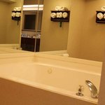  Bathroom with Whirlpool