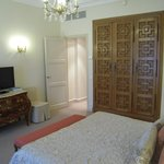  une belle et grande chambre