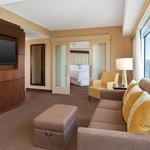  Bay Suite