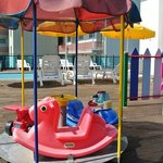 piscina/area giochi bimbi