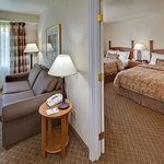 ‪Staybridge Suites Sioux Falls‬