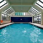  Holiday Inn Vancouver-Centre Indoor Swimming Pool