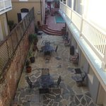  great foyer/ pool area